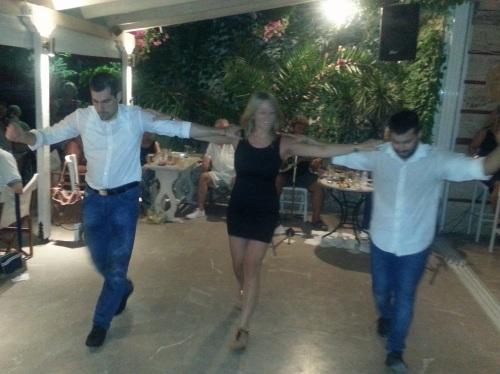 sirtaki dance