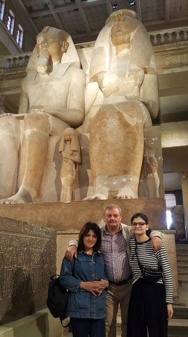 Amon Ra nin ve menim ailem