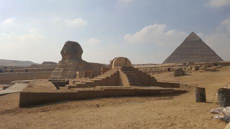 piramida sfinksle